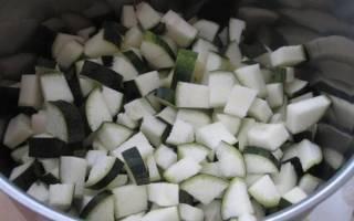Овощное рагу с кабачками на зиму