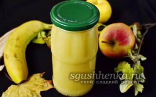 Пюре из яблок и бананов в блендере